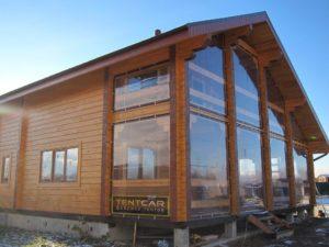 prozrachnye-shtory-dlya-verandy